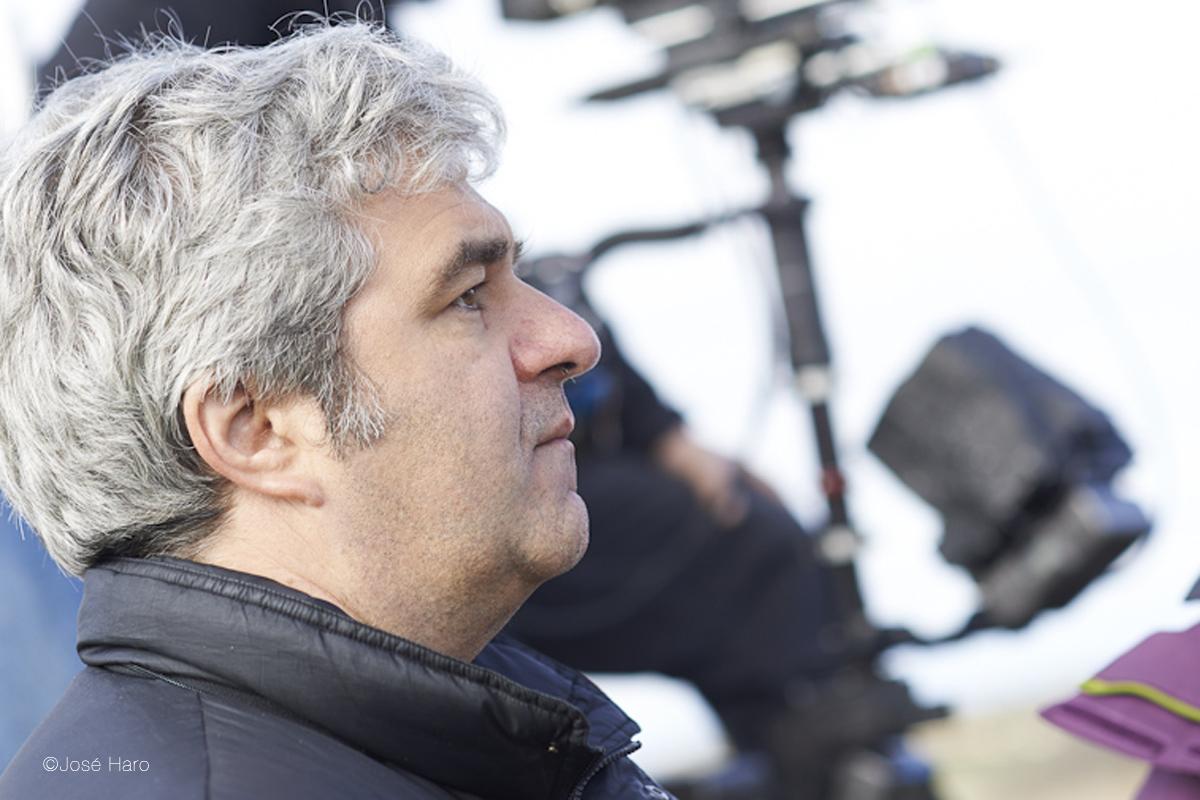 Entrevista a Álvaro Fernández Armero, director de 'Las ovejas no pierden el tren'